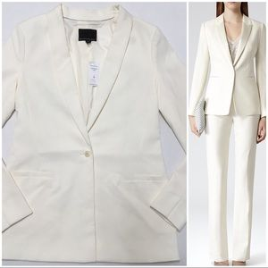 🌷 Banana Republic cream tuxedo blazer size 8 tall